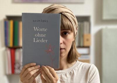 """Miriam Hanikas neues Textbuch """"Worte ohne Lieder"""""""